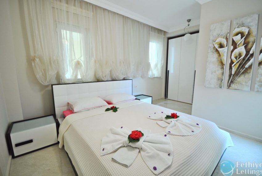 Villa with Private Beach for Rent Fethiye Lettings 09