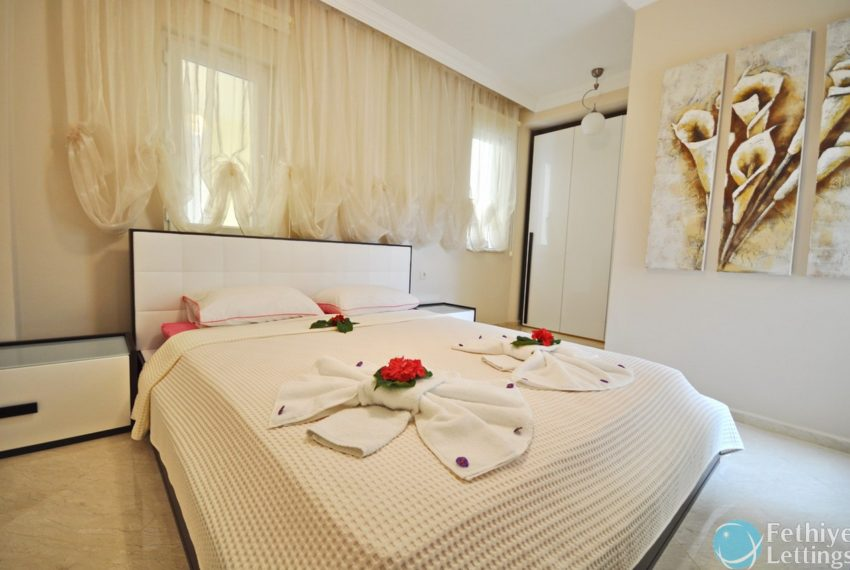 Villa with Private Beach for Rent Fethiye Lettings 10